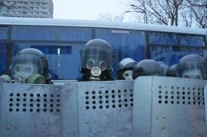 Ukrainian police face protesters